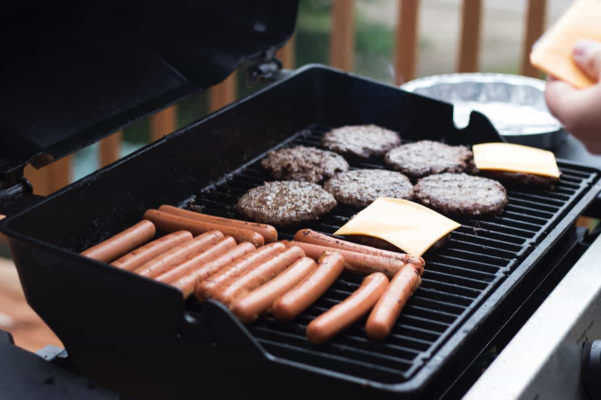 cheeseburgers hot dogs saturated fat