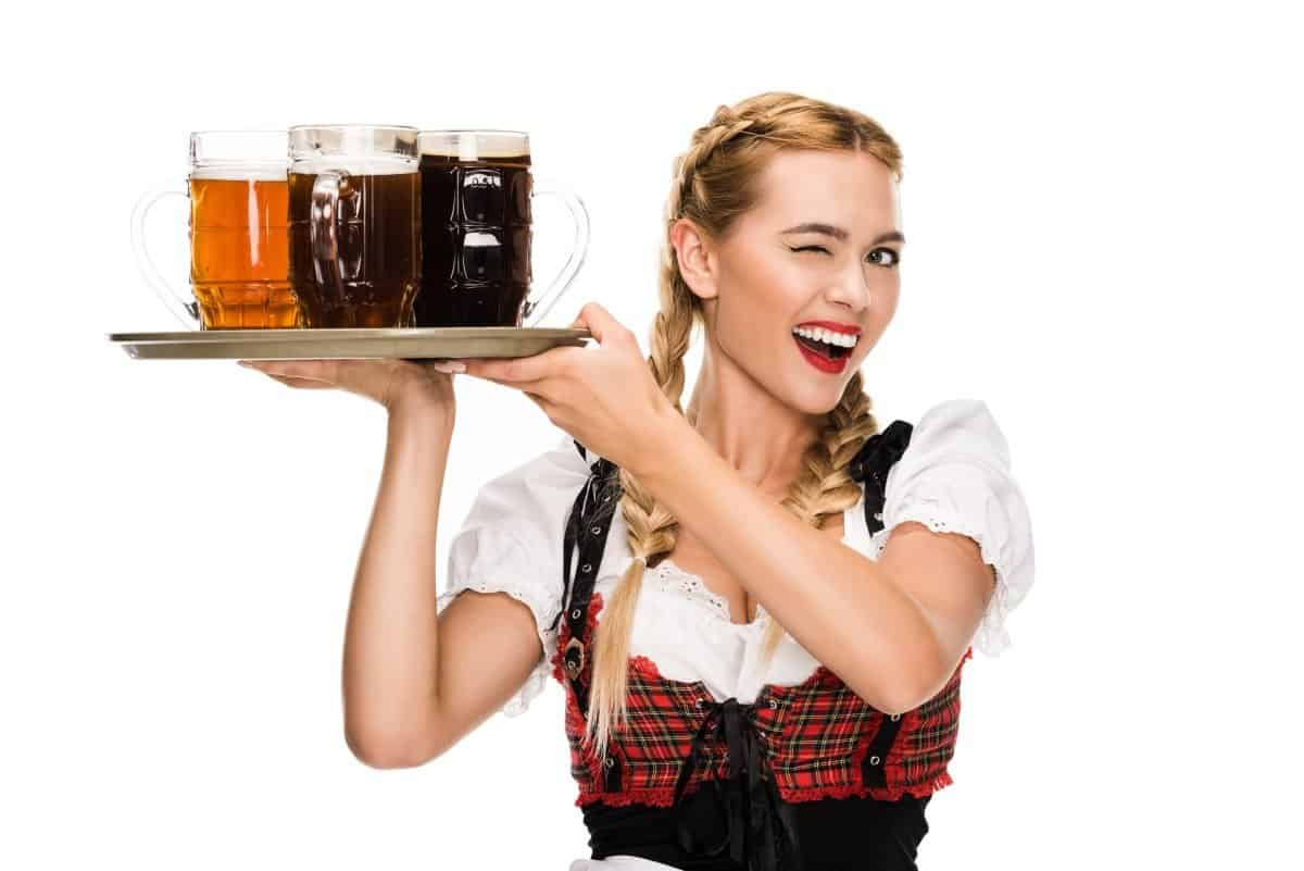 beautiful girl octoberfest